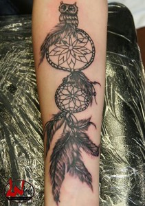 wink-tattoo-blackgrey-traumfaenger