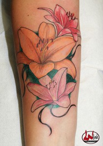 wink-tattoo-colour-blume
