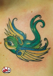 wink-tattoo-colour-vogel