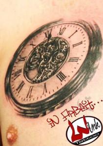 wink_tattoo_uhr